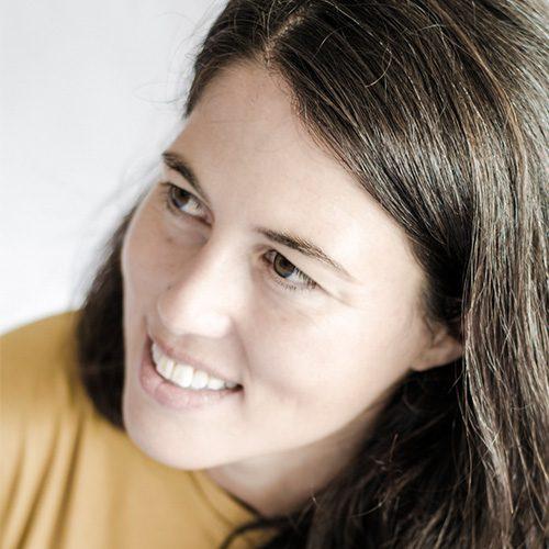 Eva Varela, Naia